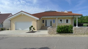 Einfamilienhaus im Toskana-Stil in Wittislingen